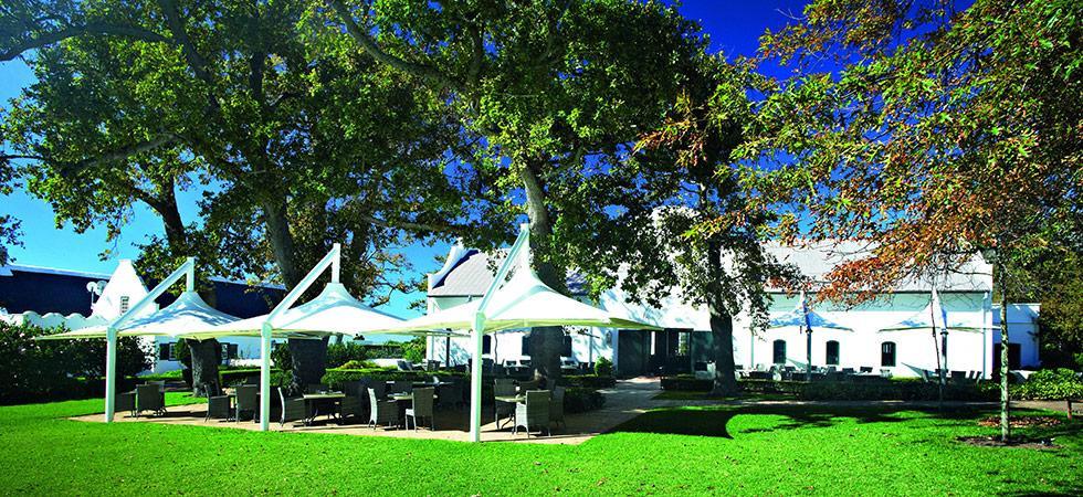 gardens-and-terrance-of-catharinas-restaurant